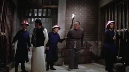 乾隆皇打抱不平 帮凉粉小贩收钱 不料却被县官关入大牢