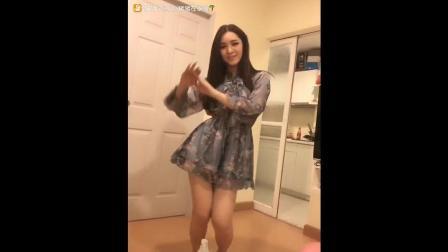 泰国网红美女热舞, 很有泰国特色的舞蹈啊!