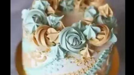犹如印度的海娜纹, 细致地纹在蛋糕侧面好美!