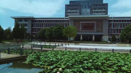手机拍摄的视频经过Cineplus 调色后的效果——云南师范大学一角
