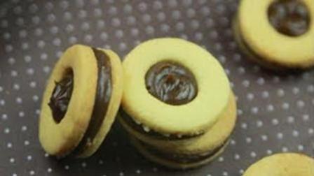 美食自己动手制作太妃糖夹心饼干——饼干版的怡口莲