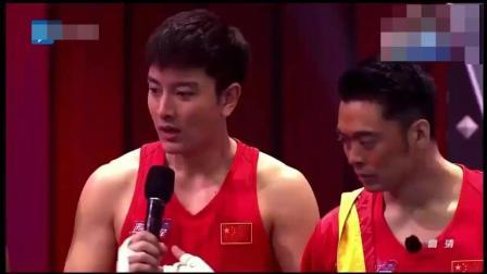拳王邹市明单手迎战少林樊少皇, 结果如何呢?