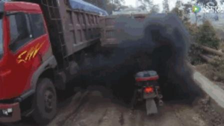 都说王者荣耀猪队友多, 我看修车行业也不少, 遍地都是坑队友啊!