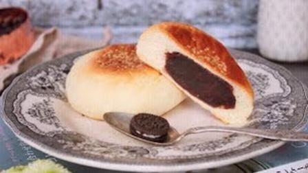 自制一款好吃外表似饼的日式豆沙包, 实际却是日式的红豆沙面包