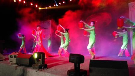 武汉女歌手、歌伴舞演出、武汉特色民族舞蹈 电话131 1436 5784