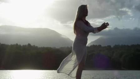 Arilena Ara - I'm Sorry_好久没听到这么好听的抒情歌啦_新城TV【音乐】