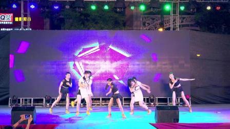 震撼! 街舞童星在舞台上撂倒6个妙龄女孩
