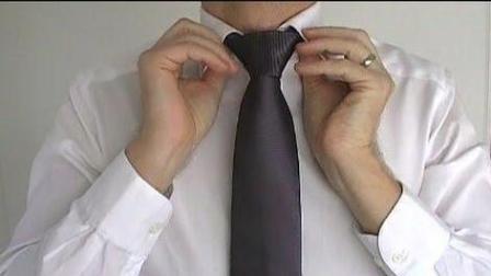 领带最流行的一种打法 看一遍就够了