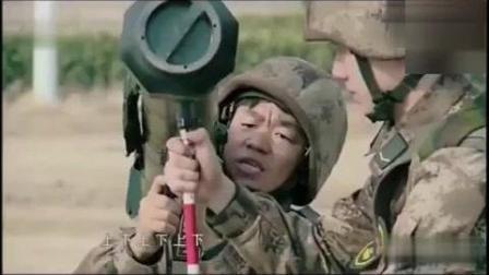 看一遍笑喷一次, 王宝强太搞笑了, 发射导弹还自
