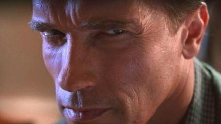 施瓦辛格的一部经典电影《真实的谎言》真正意义上的大片