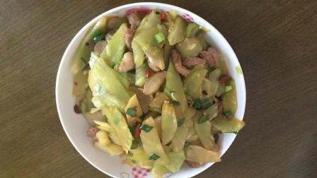 家常菜莴笋炒肉, 莴笋炒肉做法简单, 这样颜色咋样?