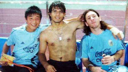 体坛嘿未够 第一季:阿根廷荷兰比肩中国队 梅西武磊球王惺惺相惜