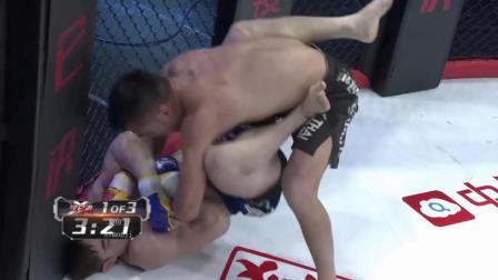 蒙古族摔跤世家强力抱摔却难逃哈萨克族地面高手柔术降服