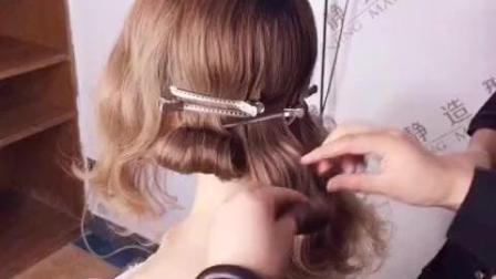 最新欧美复古新娘发型 让你在婚礼上更美