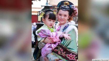 """赵薇的""""女儿""""上学了 三岁演甄嬛传 还出演过幻城和小时代 170908"""