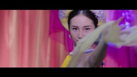 越南电影《让我靠你更近一点》预告片 Cho Em Gần Anh Thêm Chút Nữa