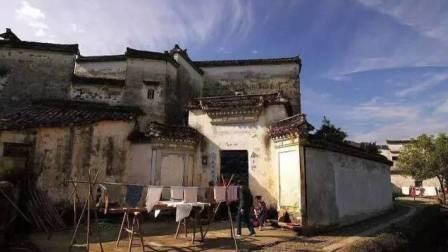 他逃离北京回到安徽 买了一栋百年老宅 二楼竟然有棺材 198