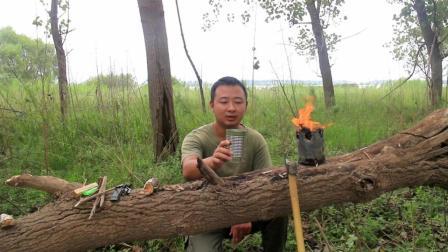 铁罐变为柴火炉, 户外做饭原来如此简单