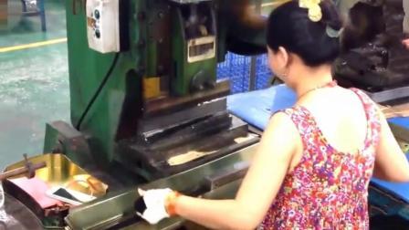 中国月饼盒制造厂实拍, 原来是这样生产的, 一天工资有200吗