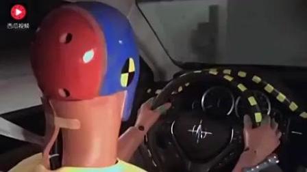 汽车碰撞测试视频 千万豪车撞报废兰博基尼 悍马 帕加尼的IIHS碰撞测试。