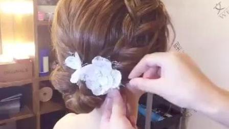 新娘短发发型如何变长发 文静发型师现场演示给你看