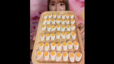 有人见过吗? 蛋黄布丁可爱极了, 特别好吃