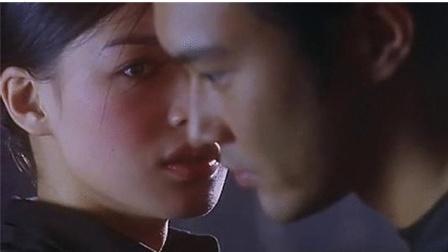 《绝色神偷》舒淇张智霖水中吻戏精彩片段赏析