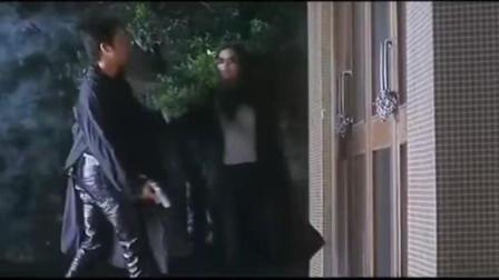 绝色神偷》精彩片段, 张智霖舒淇浪漫相聚在幼年小屋