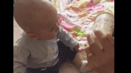 一岁宝宝可以喝酸奶吗? 宝宝竟然喝了这么多!