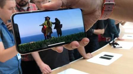 【爱范儿视频】苹果 iPhone X 上手视频:全面屏美爆了!
