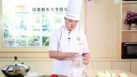 终于找到了一个做泡菜的视频 感觉做泡菜还是蛮简单的