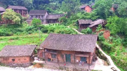 航拍, 远离城市的偏远山区, 有着另一面的农村