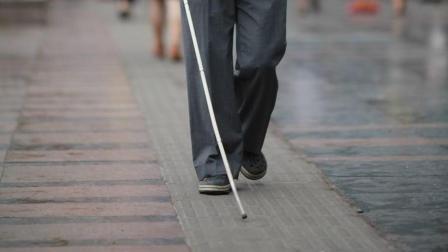 盲人测试丢失钱包测试, 众人捡走寒了大家的心。