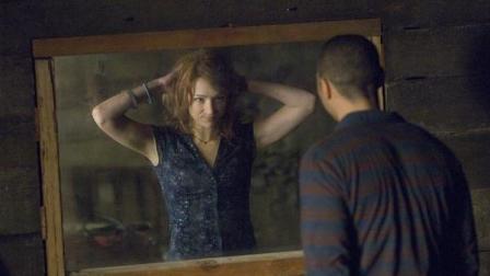 2分钟看完一到晚上就闹鬼的美国恐怖电影《林中小屋》