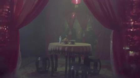 汉奸喝花酒逛怡红院, 结果把自己喝死了
