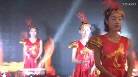 河南商丘夏邑结婚庆典: 美女精彩的锣鼓表演