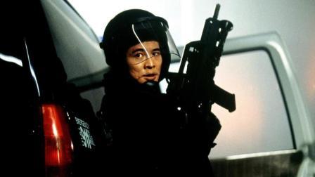 【牛叔】几分钟看李连杰好莱坞动作片《宇宙追缉令》