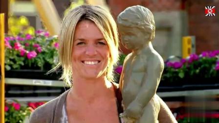 国外恶搞视频: 雕塑自动喷水恶搞路人 画面好好