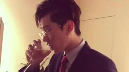 吴亦凡ins视频, 西装眼镜, 好斯文