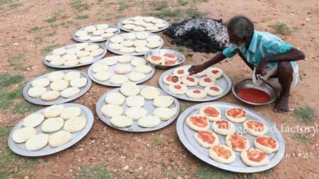印度土豪六指大爷, 用土法烹饪100个香菇鸡肉披萨, 上街送给穷人吃