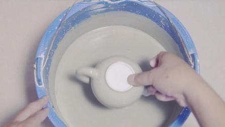 大叔研究钧瓷制壶30年, 让完全一样颜色壶产生神奇窑变, 色彩斑斓