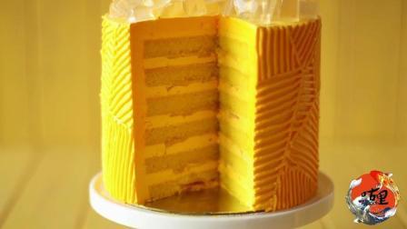 土豪就是土豪, 居然用金子制作蛋糕, 还是黄金色的