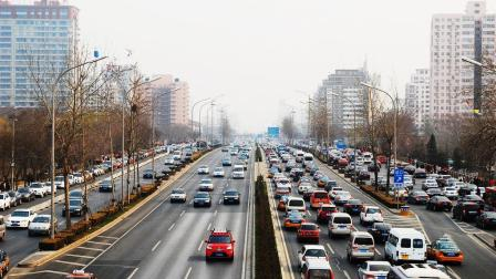 日本东京为何不堵车  而我国大都市经常交通拥堵  看完你会有所感悟