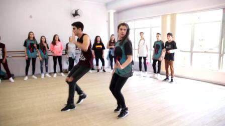 巴西舞蹈组合热舞西班班神曲《Despacito》, 巴西女孩好火辣