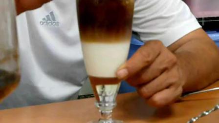 冰拿鐵 和 冰茉莉綠茶 製作教學3_04