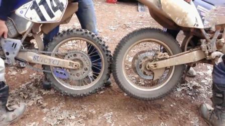 两个摩托车轮胎相互摩擦, 这是在做什么, 借火吗?