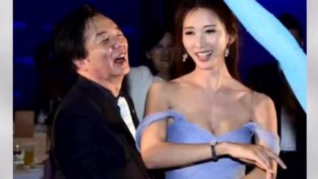 林志玲跳舞时衣服脱落, 险些露点, 父亲看到一脸尴尬