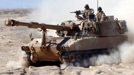 美军强大的M109A6帕拉丁自行火炮在行动!实弹射击