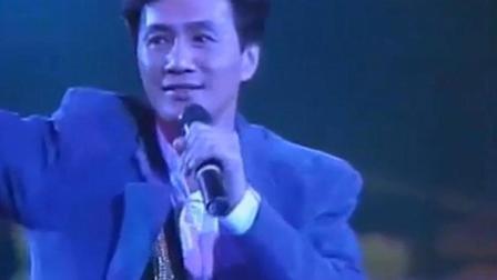 许冠杰早期现场版《天才白痴梦》歌词值得每个人深思!