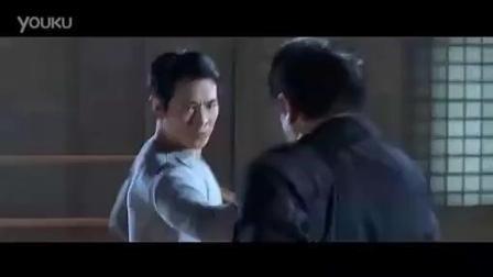 《宇宙通缉令》到底哪个是真的李连杰, 李连杰对打李连杰